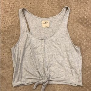 Hollister Size Medium Gray tee - like new